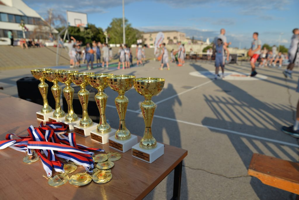 Basketfriends 2017. - cups and medals for the successful