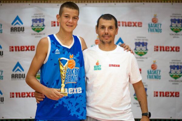 basket-friends-05