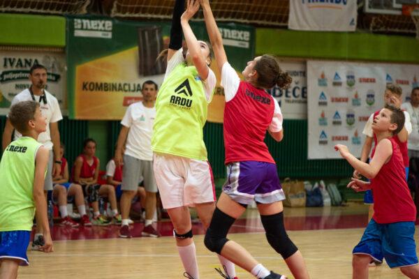 basket-friends-15
